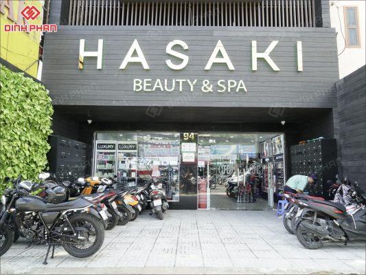làm bảng hiệu quận 3 - hasaki spa