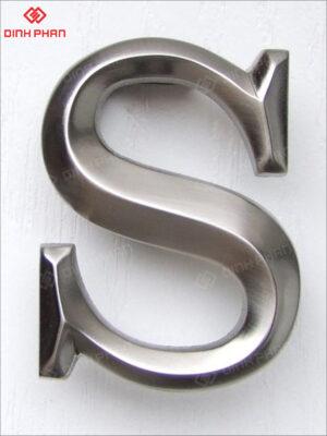 làm chữ nổi - chữ inox nổi 3D