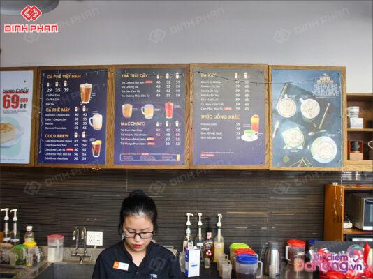 menu in uv